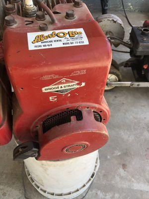 Motor 5,5 en buenas condiciones for Sale in Reedley, CA