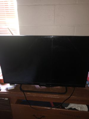 Good 32 in no remote but works like new for Sale in Dothan, AL