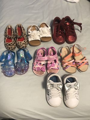 Girls shoes size 6 for Sale in Miami, FL