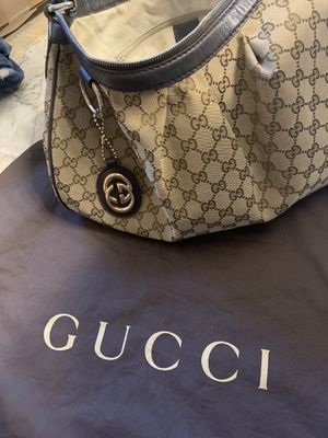 Authentic Cool GUCCI purse for Sale in Clackamas, OR