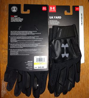 UA yard Under Armour men's batting gloves size medium color is black for Sale in San Diego, CA