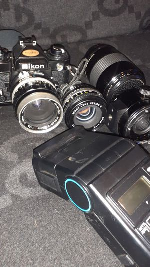 Vintage Vivitar Nikon Camera with 4 Power camera Lens 50mm,55m,90mm,80mm and a Vivitar Zoom Thermistor 5200 Flash for Sale in Houston, TX