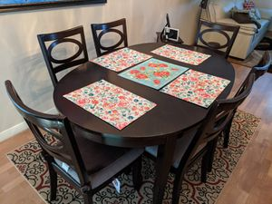 Seven peice dinning set almost new for Sale in Gahanna, OH