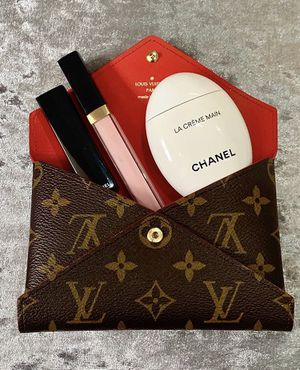 Louis Vuitton for Sale in PORTER RANCH, CA