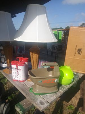 Resellers Come Take The Table for Sale in Haines City, FL