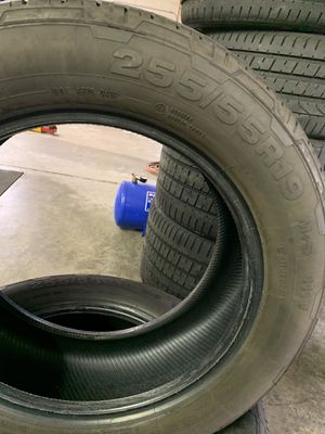 2 Used Tires 255/55/19 for Sale in New Britain, CT