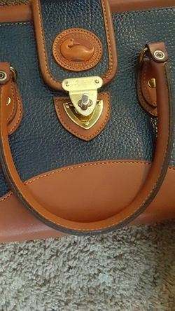 Dooney And Bourke Purse for Sale in Everett,  WA