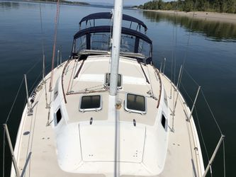 1986 Catalina Yachts 30' sailboat for Sale in Portland,  OR