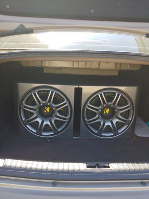 Best sound system for your car, very powerful!!( 2 12 inch Kicker subs and Polk audio amp in a custom box.) for Sale in Watertown, MA