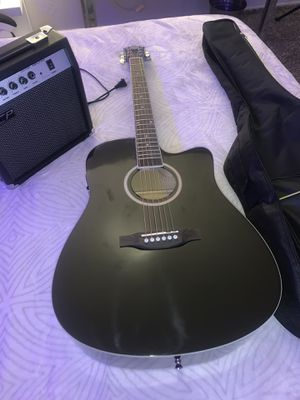 Guitar like new for Sale in Sunnyvale, CA