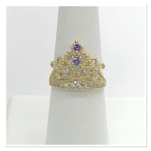10k gold Crown Quinceañera Ring with purple stones for Sale in Dallas, TX