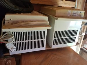 2 small window Acs for Sale in HOFFMAN EST, IL
