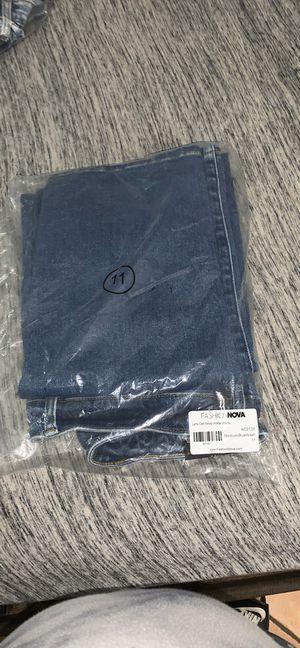 FashionNova Jeans Brand New never worn! for Sale in Tamarac, FL