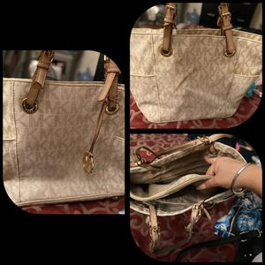 Authentic michael kors tote bag for Sale in Modesto, CA