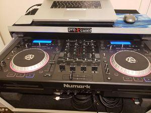 Numark Mixdeck Quad Universal DJ System for Sale in Chicago, IL