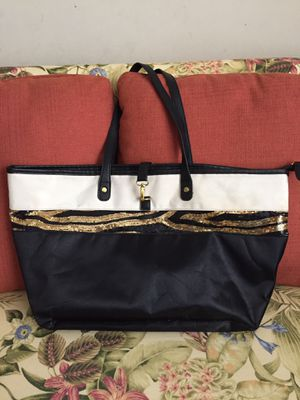 Large black and gold tote. for Sale in Greenwood, DE