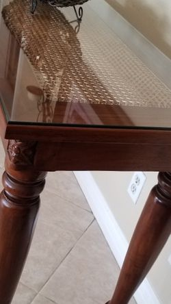 """ABSOLUTELY STUNNING Solid Wood Entry Way Console Sofa Table with natural WICKER CANE and GLASS TOP! By """"Baver International, Inc."""" for Sale in Rancho Cucamonga,  CA"""