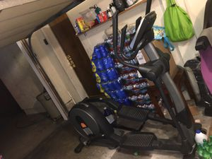 Elliptical workout machine for Sale in Downey, CA