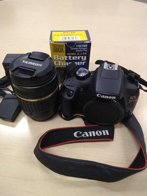 Canon w/18-200mm lenses T6 Eos DSLR digital SLR camera for Sale in San Jose, CA