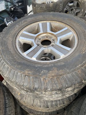 Ford F-150 2006 rims and tires for Sale in Opa-locka, FL