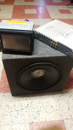 Car audio and video sistem for Sale in Hyattsville, MD