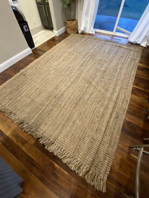 """7'3"""" x 10'4"""" (includes length of tassels) Jute area rug with tassel ends! Full of texture warmth for any room! $115 for Sale in Bourbonnais, IL"""