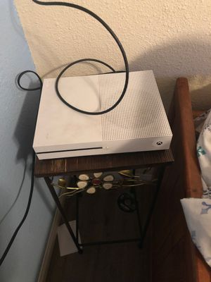 Xbox one s 1TB system for Sale in Escondido, CA