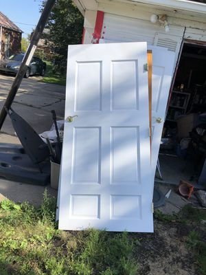"Three Solid hardwood doors size 36"" x 80"" for Sale in Southfield, MI"