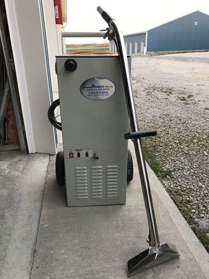 Industrial carpet cleaner for Sale in Kansas City, MO
