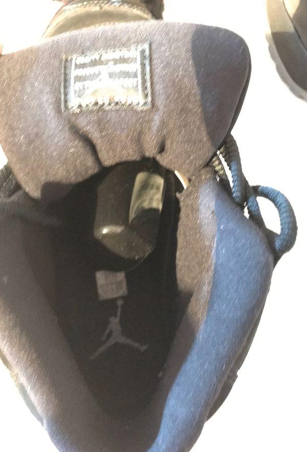 Jordan 11 cap and gown