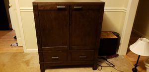 Solid oak bar cabinet for Sale in Simpsonville, SC