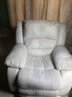Reclining & Rocking chair - FREE - Last 2 days for pickup! Being hauled away for Sale in Lansdowne, VA