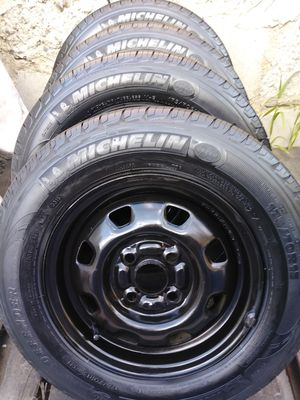 4- TIRES MICHELIN DEFENDER . for Sale in Los Angeles, CA