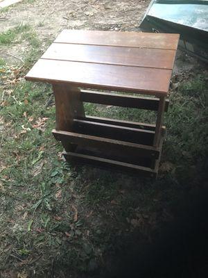 Magazine rack/ stand for Sale in Aledo, IL