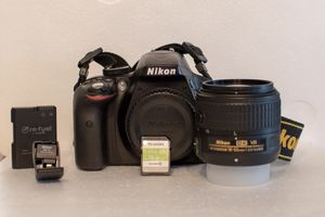 Nikon D3300 DSLR + Accessories for Sale in Sioux Falls, SD