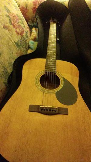 Like new guitar for Sale in Shoreline, WA