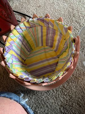 Longaberger Easter basket for Sale in Spanaway, WA