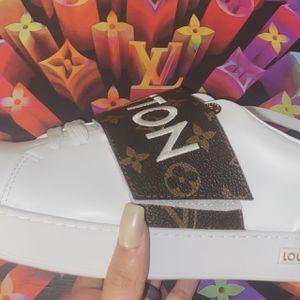 Louis Vuitton Men Shoes for Sale in Indio, CA