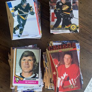 Hockey Cards About 200 / Jagr , Lemiux , Etc for Sale in San Diego, CA
