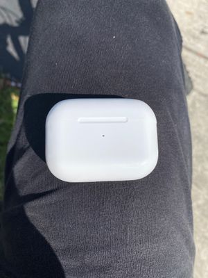 Apple Airpod Pros for Sale in Fort Lauderdale, FL