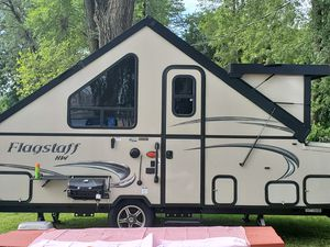 2019 Flagstaff Hardside T 21tbhw Camper for Sale in Ontarioville, IL