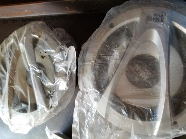 Pyle speakers