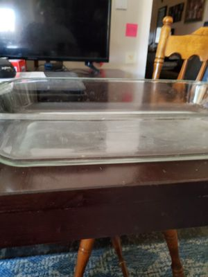 "Pyrex 13 x 9"" baking dish for Sale in Riverside, CA"
