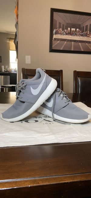 Nike Roshe One Women's Shoes. Size 9.5 for Sale in Las Vegas, NV