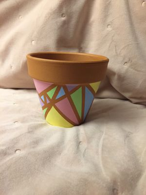Pastel triangle flower pot for Sale in Riverside, CA