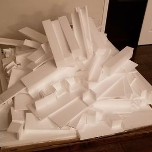 Lots of STYROFOAM and BUBBLEWRAP! Many shapes and sizes. for Sale in Orlando, FL