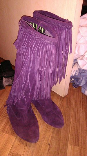 Sam Edelman purple frayed leather boots size 7 men's 8 women's. for Sale in Renton, WA