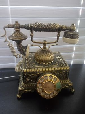 Decorative vintage telephone for Sale in Bloomington, CA