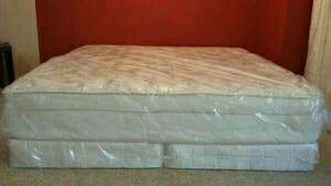 king new pillow top bed can deliver for Sale in Tampa, FL