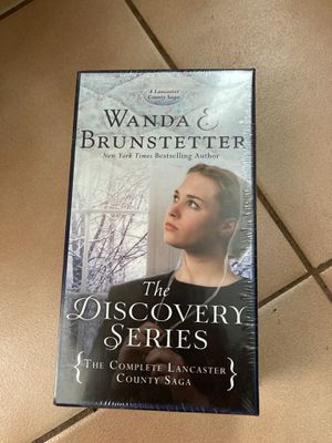 The Discovery Series 6 Book set ., Brand New for Sale in Naperville, IL